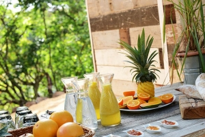 Otentic Eco Tent Experience Mauritius serves Continental Breakfast